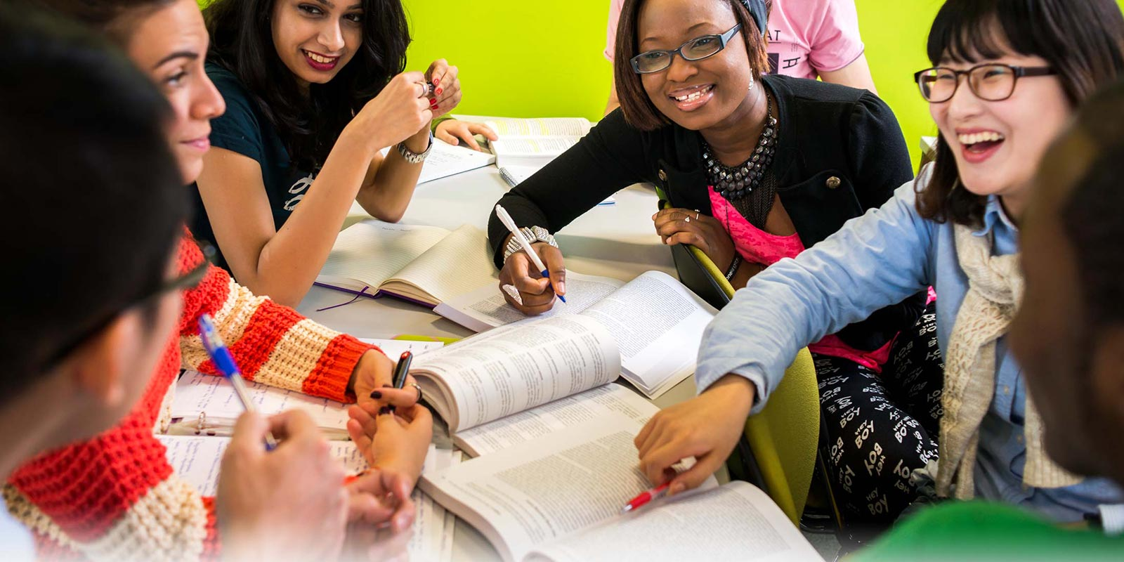 best canadian colleges for international students Exceptional international students may be able to obtain scholarship funding , which is available both from the canadian government and individual i would like to study master degree in canada government colleges with scholarship is it possible with scholarship and without scholarship how.